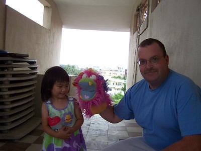 Silly Lilly with Kaara and Dad at the Kadwells apartment building in Secunderabad, India (twin city to Hyderabad)
