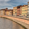 Crossing the Arno river.  Headed back to the train station.
