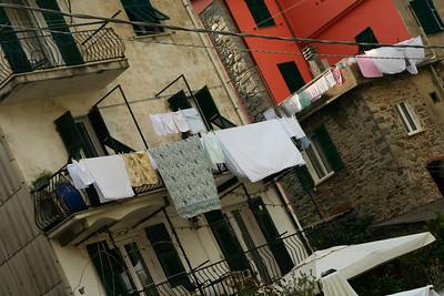 Everyday life in Corniglia.