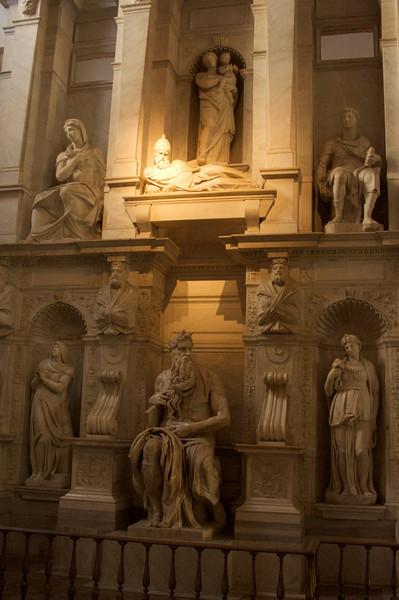 Basilica Di San Pietor in Vincoli (St. Peter in Chains)