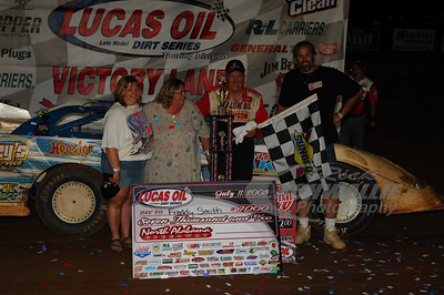 Freddy Smith and crew in Victory Lane