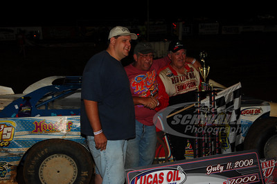 Freddy Smith in Victory Lane