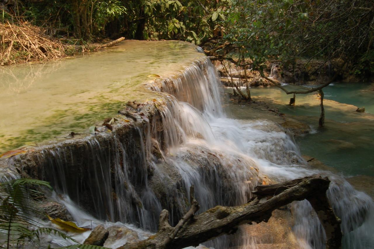 Slow-mo waterfall
