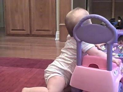 November 12, 2008 - Anna dances & claps to music
