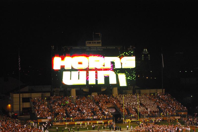 Horns Win!