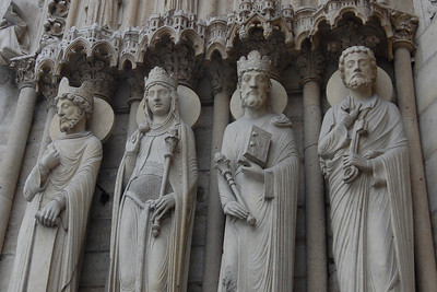 Statues at Notre Dames