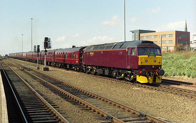 47760 is pictured on the rear of the empties as '787 draws the train out of Dundee. The loco had made its passenger debut for West Coast on 1Z48 earlier that morning - just over four years after being stored by EWS. There's nothing quite like a baptism of
