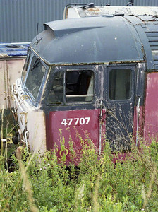 An afternoon break at Barrow Hill enabled me to catch up with a number of 'forgotten' locomotives, some of which owed their continuing existence to the Fragonset/FM Rail era. 47707 is pictured in the undergrowth (02/08/2008)