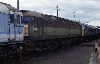 Despite its external appearance (it was last active on the main line in 2003) 47488 remains 'operational'. The loco is flanked by 33035 and 45112 (02/08/2008)
