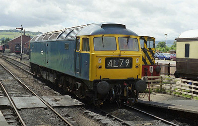 47105 backs onto the 1240 to Cheltenham at Toddington. The headcode is a reference to an article I'd written that had recently been published in the 'Forty Seven Forum' magazine (01/08/2008)