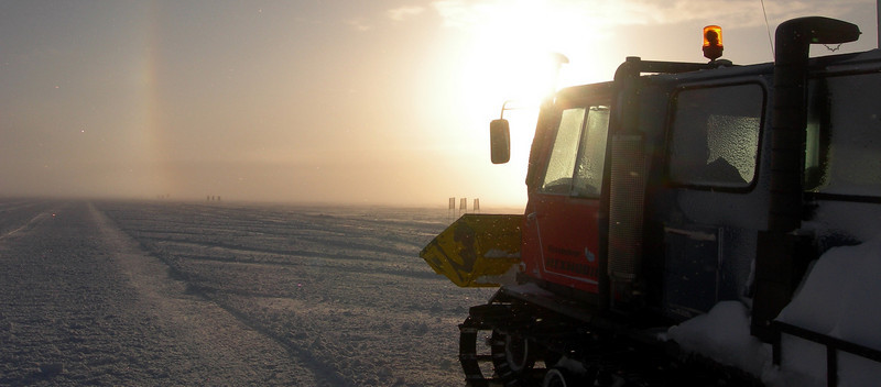 "Grooming the ski-way. <br /> <br /> Landingsbanen klargøres til fly.<br /> <br /> Photo: Jim Hedfors (Swedish Geotechnical Institute), NEEM ice core drilling project,  <a href=""http://www.neem.ku.dk"">http://www.neem.ku.dk</a>"