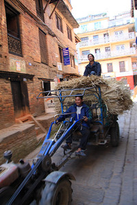 Local deliveries Bhaktapur - UNESCO World Heritage Site (Kathmandu, Nepal)