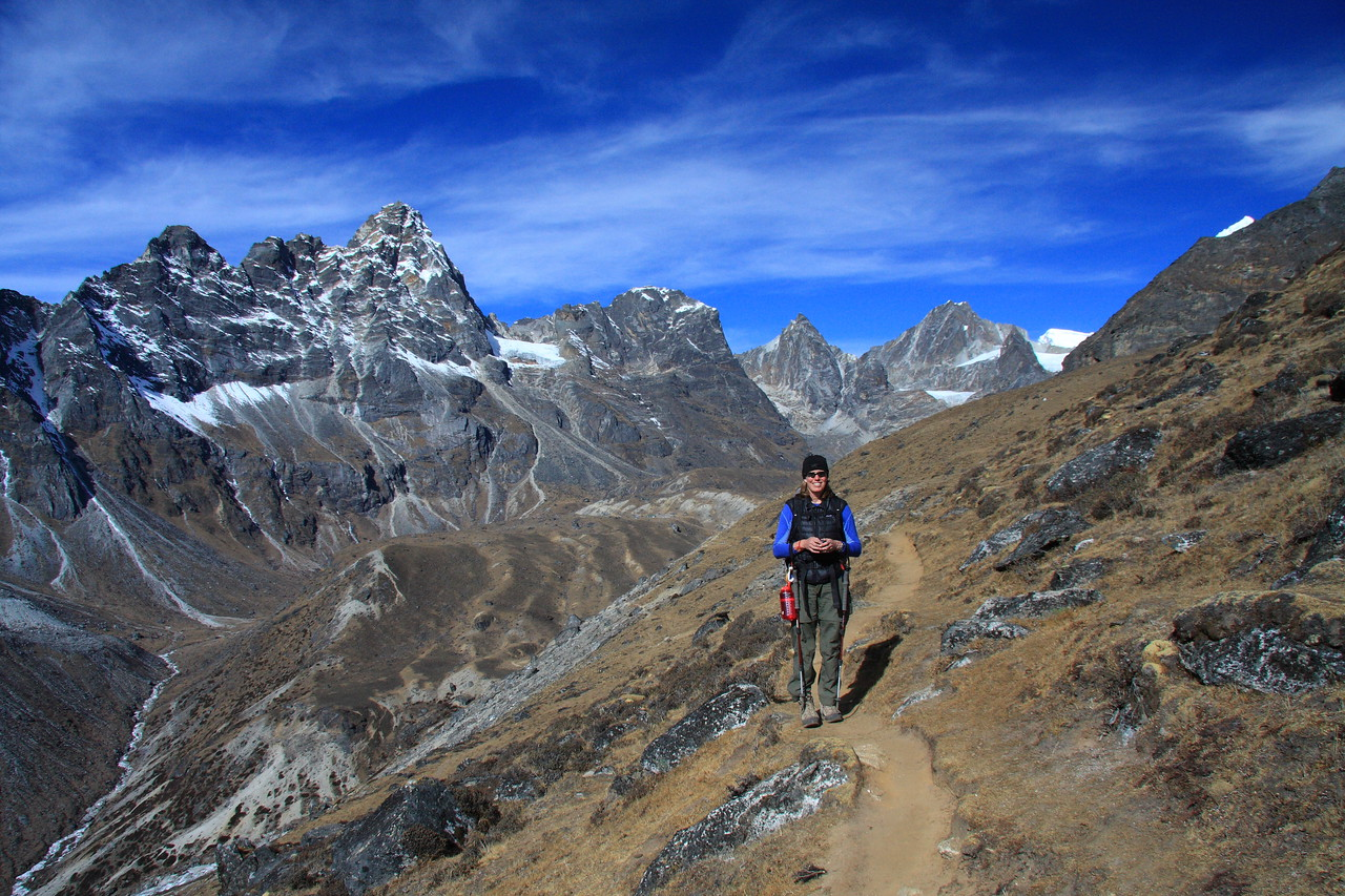 On the trail to Dzonghla lodge and camp before we ascend the Cho La pass