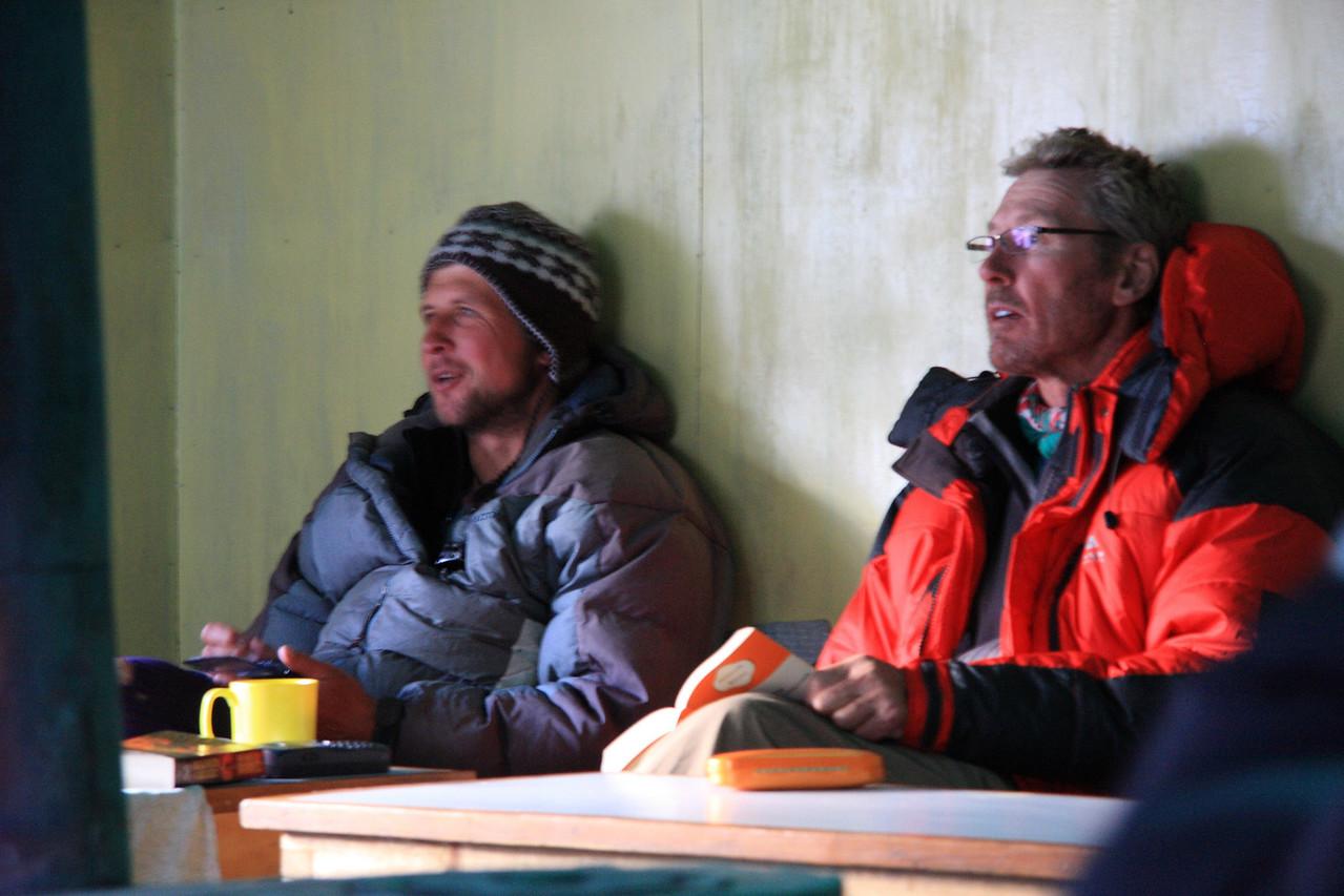 Mark and Tony relaxing in Dzonglha lodge