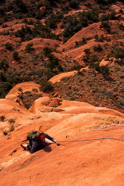 Tracy follows up the exposed slab of <i>Mars Attacks 5.8</i> in the hot afternoon sun.