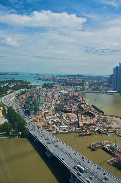 Singapore and Hong Kong always seem to have major building projects going on. This can probably be said for all comparable metropolises (metropolês?) throughout the world, but somehow in Singapore and Hong Kong it is far more evident.