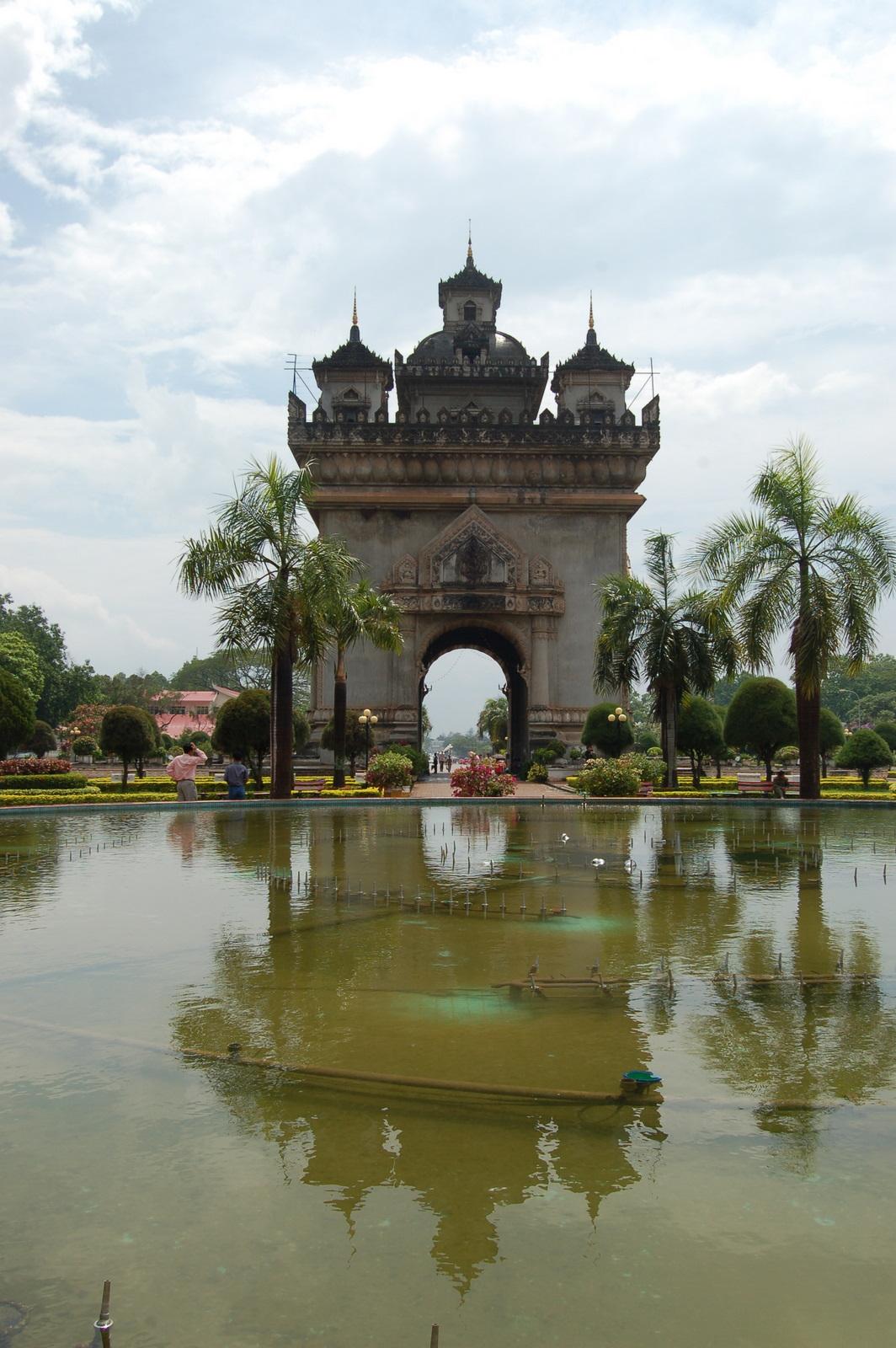 Patuxai, Vientiane