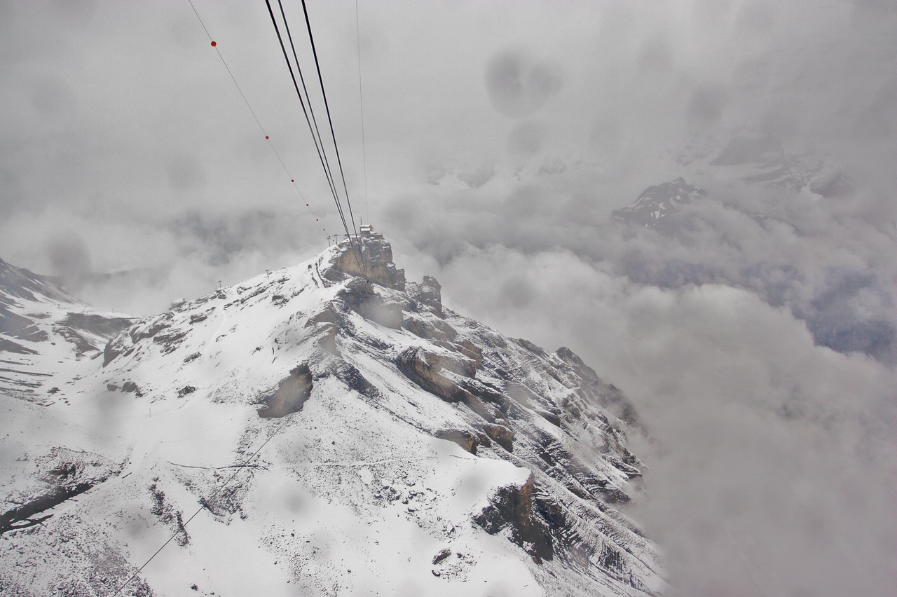 What do you mean it's a bit rough? • Even though I could see that the summit was surrounded in fog, I decided to take the cable car from Mürren up to the Schilthorn. On the descent we could see more of the ground than we could on the way up, even though the cable car's window was covered with rain drops.