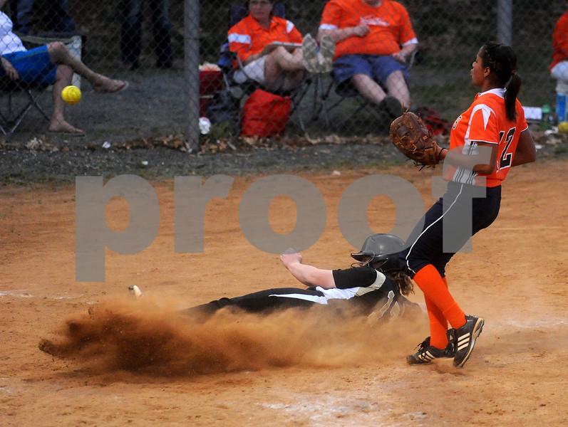 April 6, 2010 - Monticello High School<br /> Monticello #17 comes in for a run against Orange.<br /> photo Ashley Twiggs