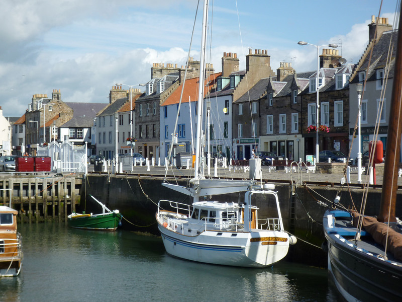 """03-07-2010 <a href=""""http://en.wikipedia.org/wiki/Anstruther"""" >Anstruther</a> <DIV ALIGN=RIGHT><i><a class=""""nav"""">© Felipe</a></i></DIV>"""