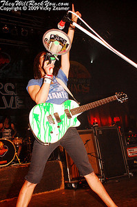 Pierce the Veil - Taste of Chaos 2009