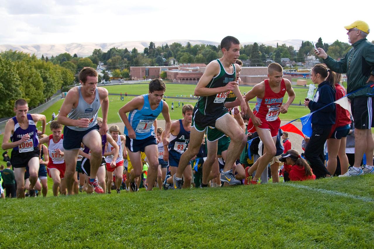Boys' Varsity Flight 7 (#1 runner)