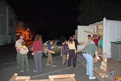 4/27/2009 - Troop Meeting : Build Lincon Log