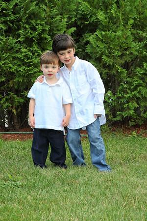 2009 Kerri & Alex H and Boys
