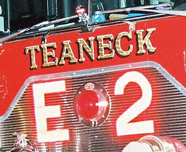 Photo's from  Teaneck 3rd Alarm Cooper Ave 2-13-09 21:15Hrs