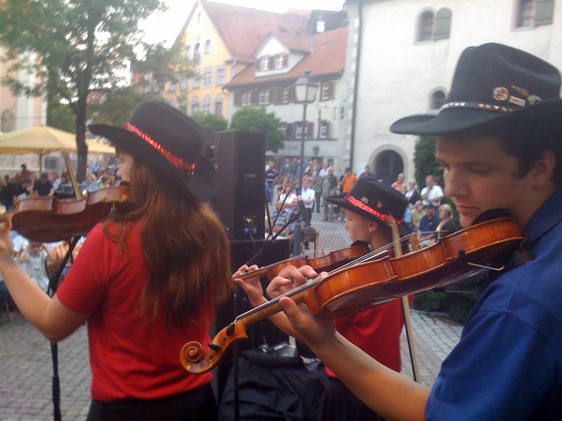 IMG_0573 SALINE FIDDLERS IN GERMANY