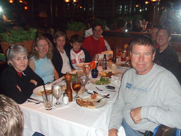 On Saturday night, 9 Maconites met for dinner at a restaurant near the finish line called Papa Razzi.  It was a festive evening as we shared our excitement about the upcoming race.  That's Roscoe Douglas on the right.
