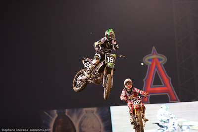 anaheim1_lites_mainevent64