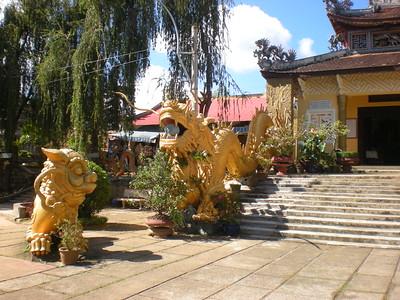 Dalat - Temple - Flower Farm - Silk Mill - Crazy House