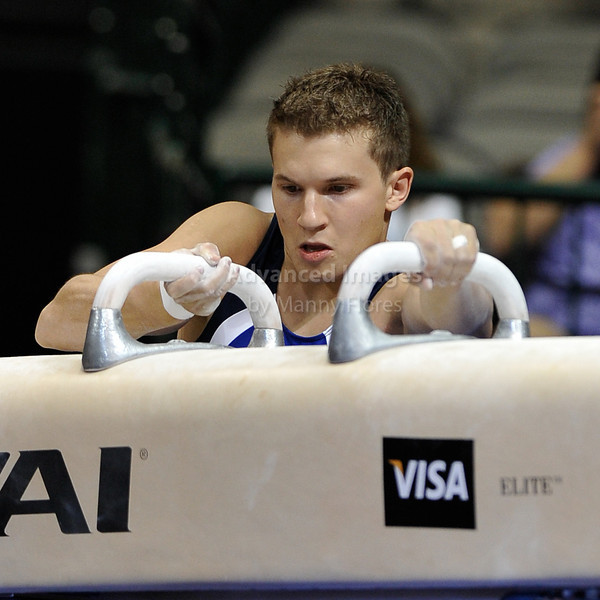 2009 Visa Championship:  Men Competition (Aug. 12th - 15th) <br /> #11 Jonathan Horton (Silver Medalist at Beijing) of Cypress Academy in action at the American Airlines Center in Dallas, Texas.