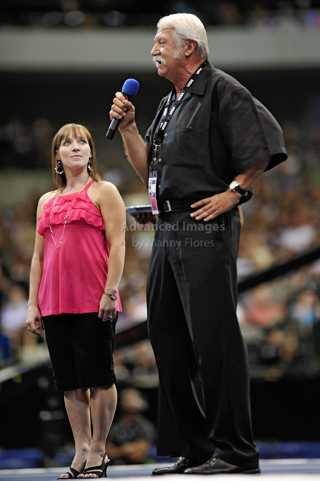 2009 Visa Championship:  Women's Competition (Aug. 12th - 15th) <br /> Legendary Coach Bela Karolyi receives award at the American Airlines Center in Dallas, Texas.