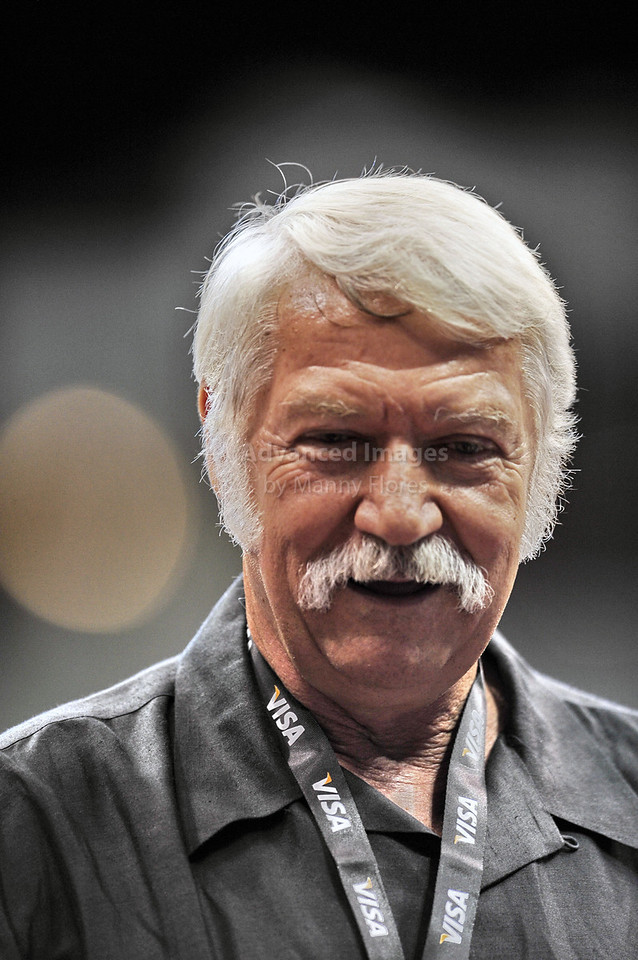 2009 Visa Championship:  Women's Competition (Aug. 12th - 15th) <br /> Legendary Coarch Bela Karolyi  in action at the American Airlines Center in Dallas, Texas.