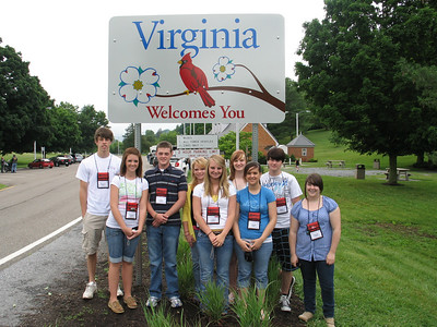 Students at Virginia Welcome Center