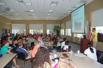 Van O'Cain, Youth Tour Co-Director, briefs students on the 2009 Washington Youth Tour during orientation at Fairfield Electric Cooperative.