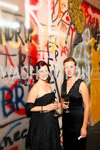 Katie Culligan and Carolyn Stewart, 2009 Wolf Trap Ball - Germany Celebrates 20 Years of Freedom Without Walls - photo by Tony Powell