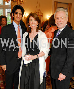 Iman Jawad, Lynn Blitzer, Wolf Blitzer, Photo by Kyle Samperton