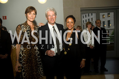 Carey Lowell, Richard Gere, Sheila Johnson (Photo by Betsy Spruill Clarke)