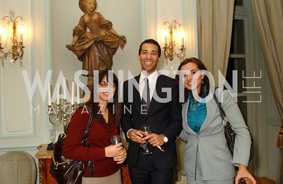 Alina Atash, Fabien Odry, Miriam Nawabi (James R. Brantley)