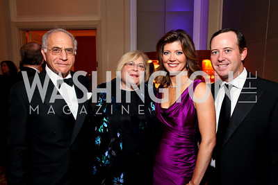 """Michael and Linda Sonnenreich, Norah O'Donell and Geoff Tracy. Joan Hisaoka """"Make a Difference"""" Gala. Mandarin Oriental Hotel. October 24, 2009. photos by Tony Powell"""