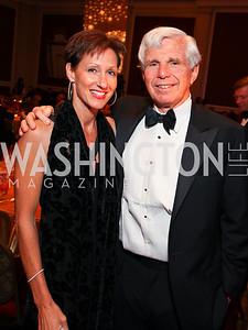 """Miriam Pollin and Ray Benton. Joan Hisaoka """"Make a Difference"""" Gala. Mandarin Oriental Hotel. October 24, 2009. photos by Tony Powell"""