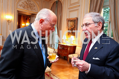 Arnaud de Borchgrave and Amb. Sam Fox. A dinner in honor of Ambassador and Mrs. Sam Fox. Belgian Ambassador's residence. October 5, 2009. photos by Tony Powell