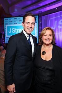 Hunter Biden and Hilary Rosen. J Street Gala Dinner. Grand Hyatt Hotel. October 27, 2009. photos by Tony Powell