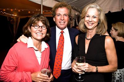Margaret Carlson, Bill Merovitz, Christie Hefner. Goodbye Summer, Hello Fall. September 12, 2009. Photos by Betsy Spruill Clarke.