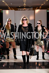 Phoebe Eliopoulos, Alexa Ciesinski, Nikki Ciesinski. Runway En Releve REdux Fall Fashion Show to Benefit The Washington Ballet. Bloomingdale's Chevy Chase. November 13, 2009. photos by Tony Powell