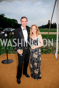 David and Debbie Birtwistle. L'Enfant Society Ball on the Mall 2009. Photos by Kyle Samperton.