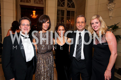 Gene Sperling, Beth Dozoretz, Allison Abner, Ron Brownstein, Eileen McMenamin. The Meridian Ball. Meridian International Center. October 2, 2009. photos by Tony Powell